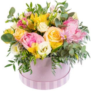 Цветы в коробке «Единственная»